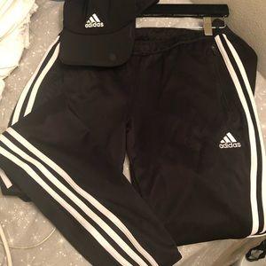 Adidas Set: Climacool Zip up Training pants & hat